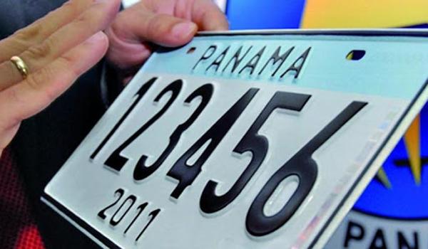 Trámitar placa en Panamá